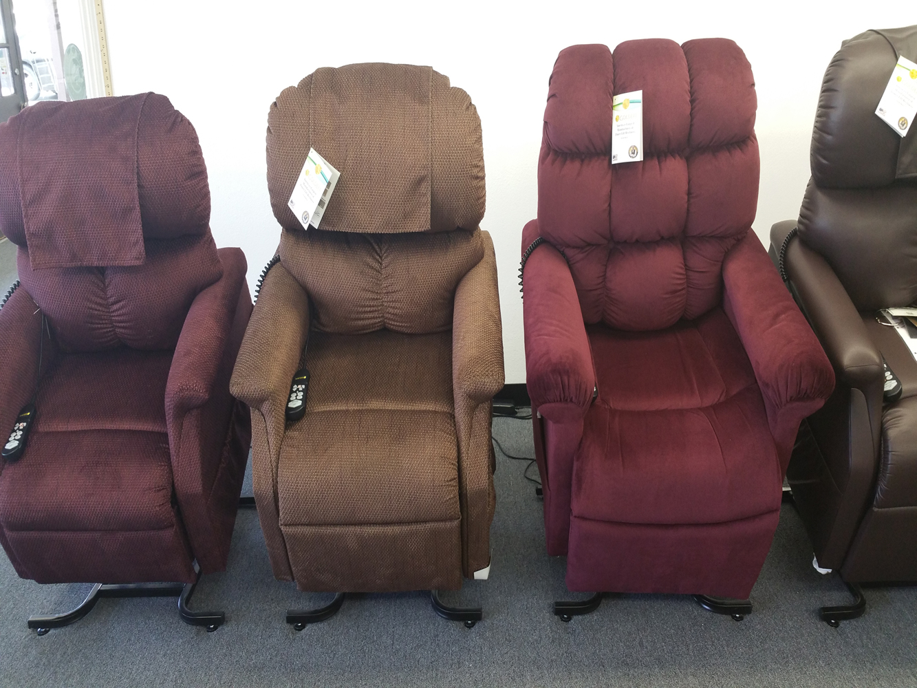 Rent Lift Chair seat reclining liftchair recliner are leather 2-motor infinite position zero gravity pride golden chairlifts