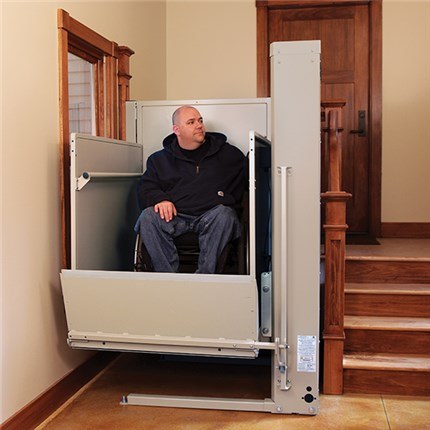 ELECTROPEDIC Bruno VPL Wheelchair Lift for Business Commerical ADA Access